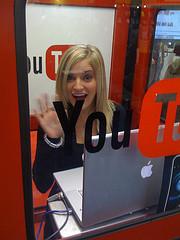 Österreichs Youtube Star Nr. 1  Beatbox Gril …unter den Top 20 Beatboxer
